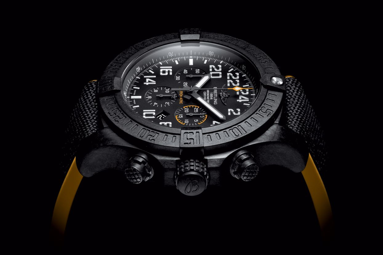 Avenger Hurricane - Breitling - Instruments for Professionals