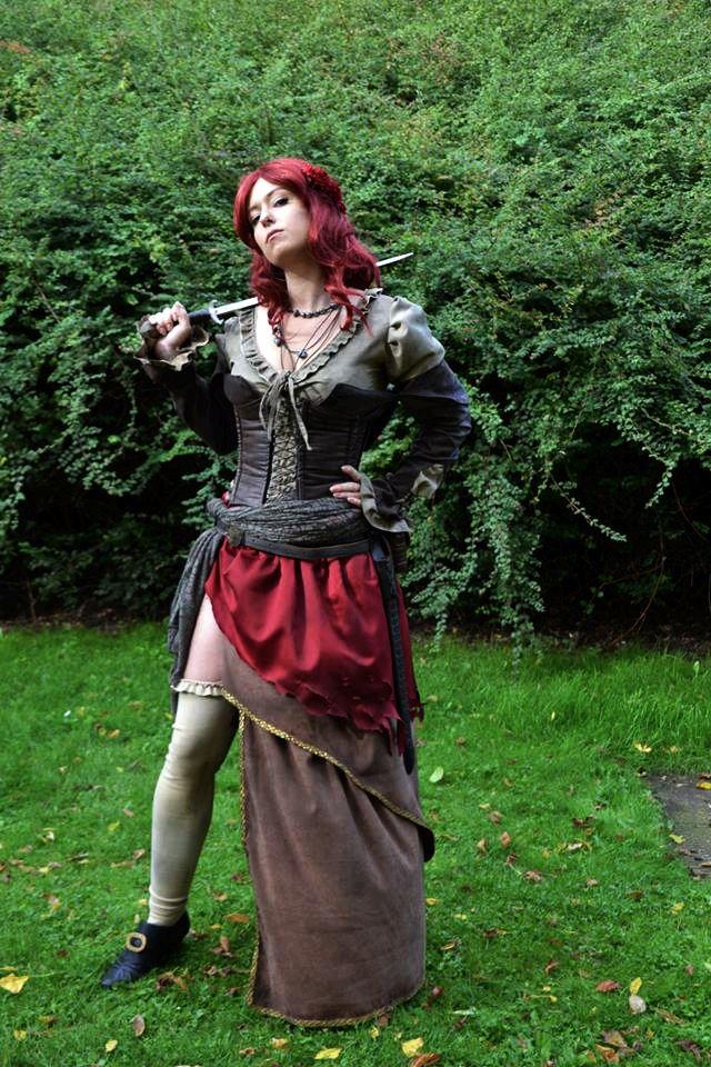 Anne Bonny Cosplay Outfit Unbedingt Kaufen Pinterest Assassins