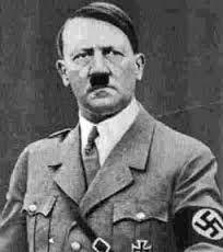 Adolf Hitler (1889-1945), was leider van de Nationaalsocialistische Duitse Arbeiderspartij en dictator en wilde alleen Arische mensen. Hij was van plan alle niet Arische mensen, zoals Joden en gehandicapten, uit te roeien en deed dat door een wereldoorlog te voeren. Gedurende de oorlog woonde hij in Berlijn.