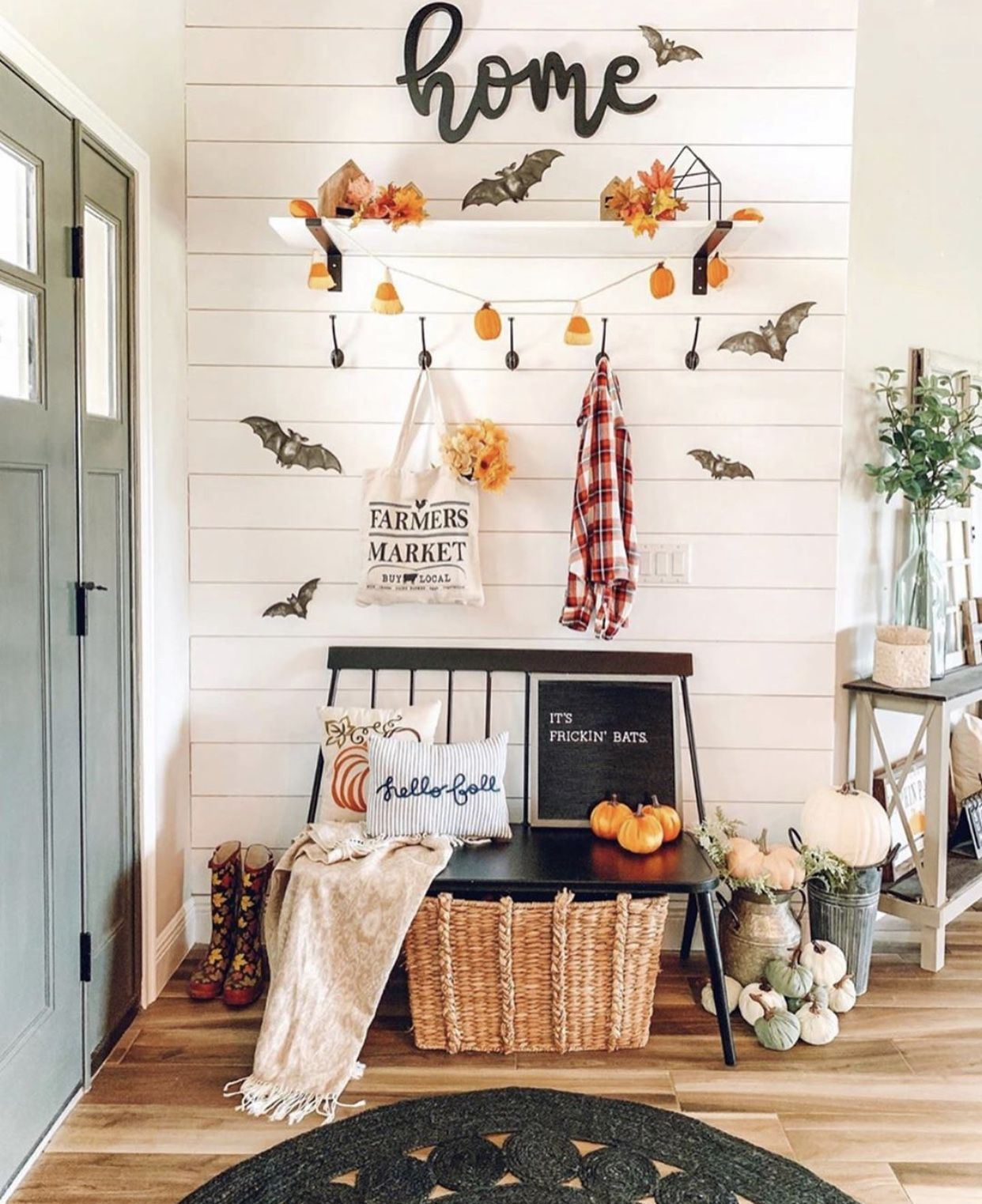 41 Gorgeous Fall Decor Ideas For Your Home Chaylor Mads In 2020 Halloween Home Decor Fall Halloween Decor Fall Decor