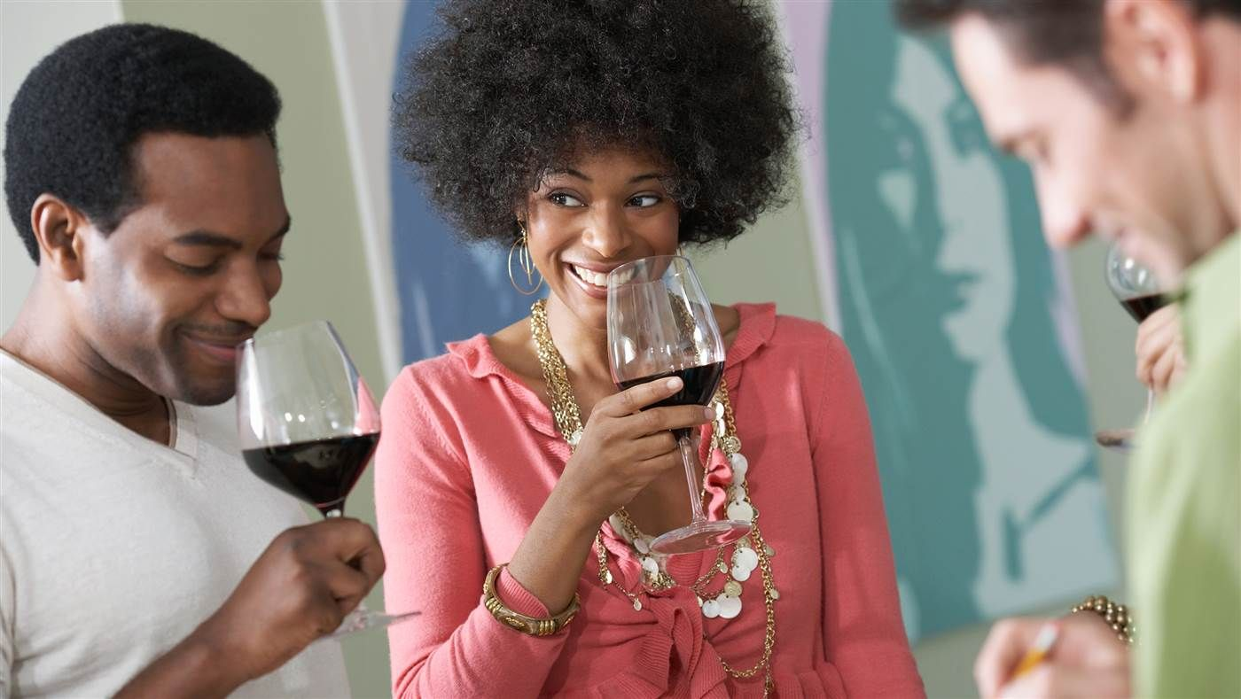 Here are the secrets to hosting a fabulous fall wine