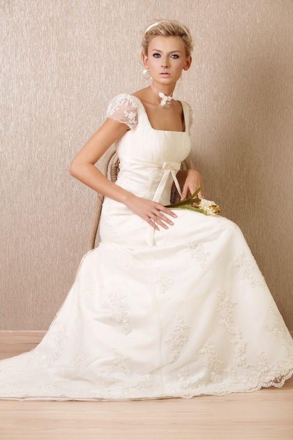 love the upper part design | braut, hochzeitskleid, brautkleid