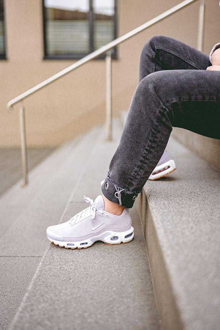 Nike WMNS Air Max Plus PRM | Air max plus, Nike air max plus, Air max