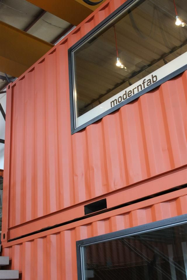 Os escritórios container  coletivos são ideais para profissionais liberais, tais como: advogados, contadores, arquitetos, designers, profis...