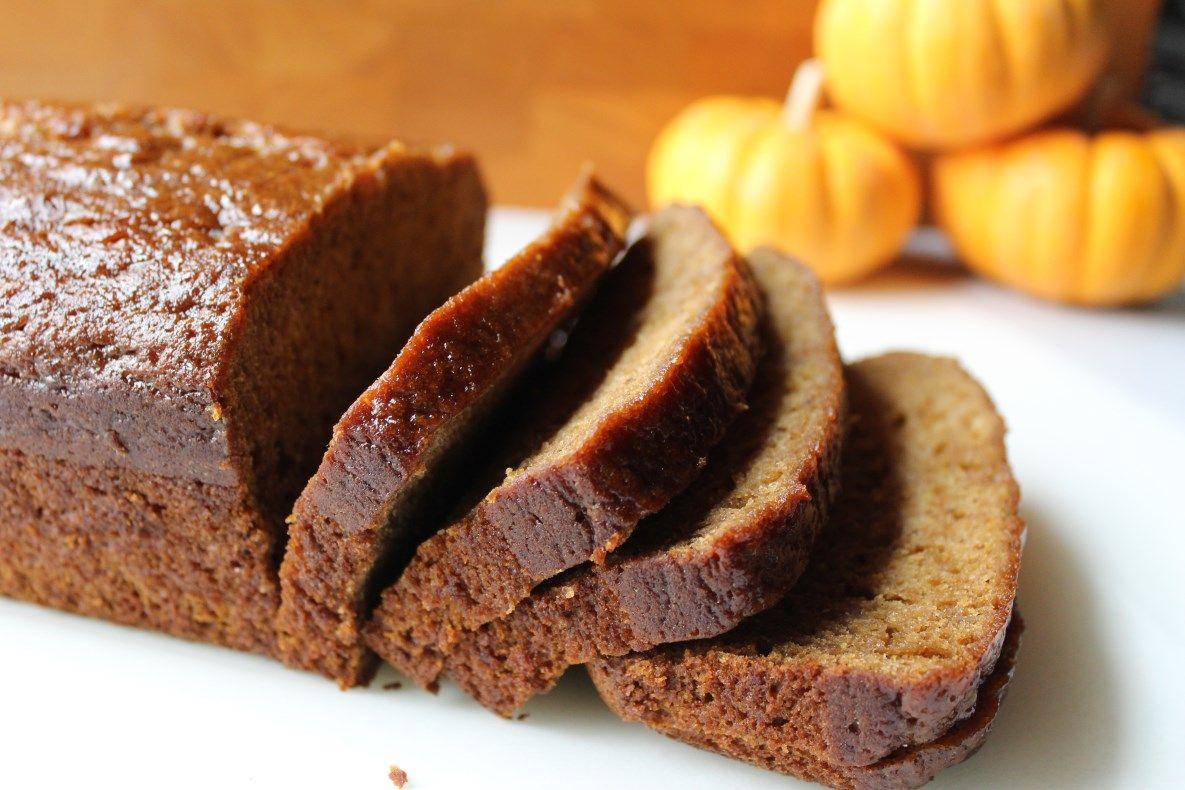 Pumpkin Bread | from DelectableDarlings.com
