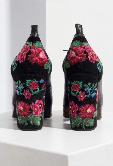 Zapatos Des-Bordado negro