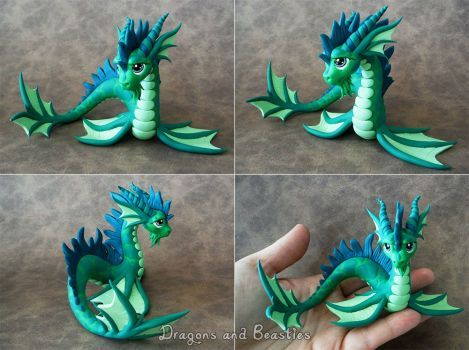 This little guy is now available on ebay: www.ebay.com/itm/121690722828 as well as two other dragons. He's so sparkly! Haven't made oriental dragons in a while so I may have to make a few more...