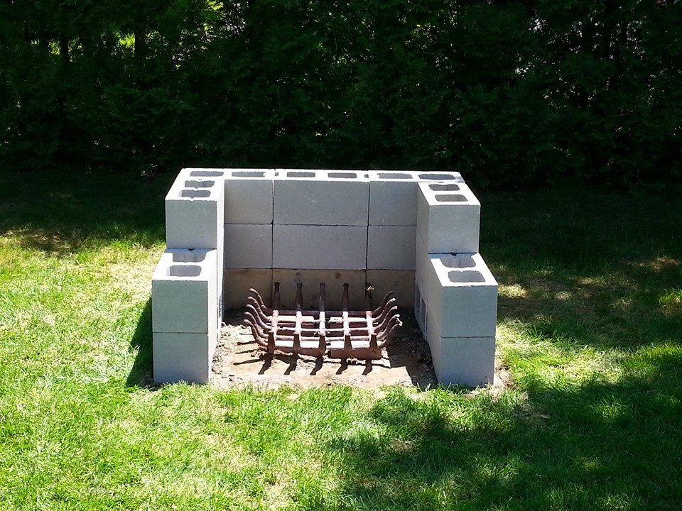 Cinder Block Ideas Cinder Block Fire Pit Cinder Block Bench Cinder Block Garden Garden Design Garden Ideas Cinder Block Fire Pit Backyard Fire Outdoor Fire Pit