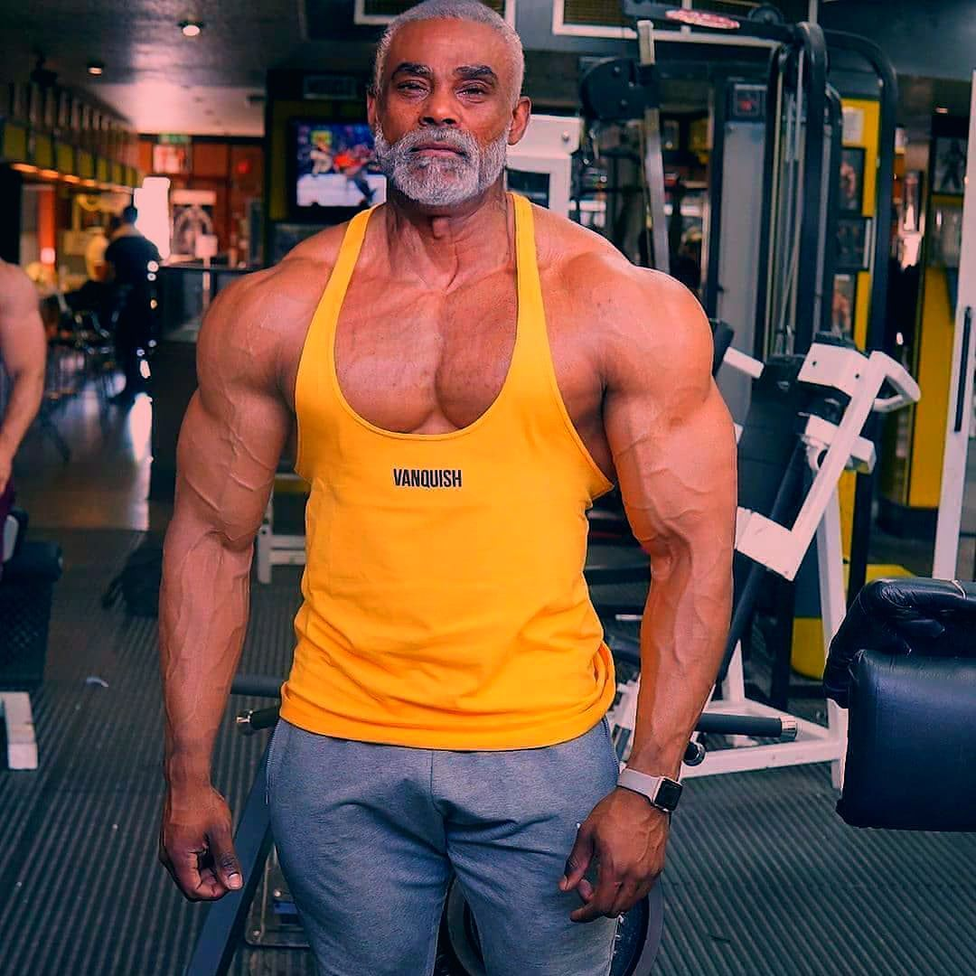 Age is just an excuse 💪🔥 . Please follow and like @myfitness.passion for more content . ➖➖➖➖➖➖➖➖➖➖...
