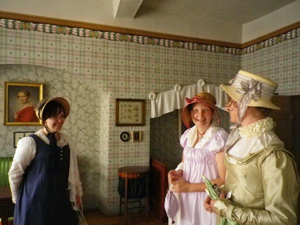 Kleidung um 1800 Sehnsuchtsort Weimar, Kirms-Krackow Haus - design klassiker ferienwohnungen weimar