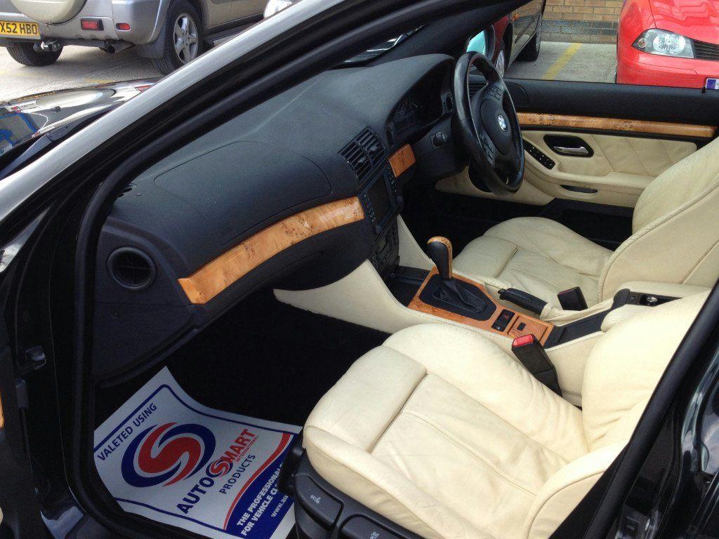 BMW 5 series E39 interior, champagne. Bmw e39 touring
