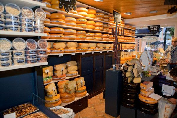 Nieuwe winkelinrichting voor de Zuivelhoeve in Oldenzaal (gemaakt ...
