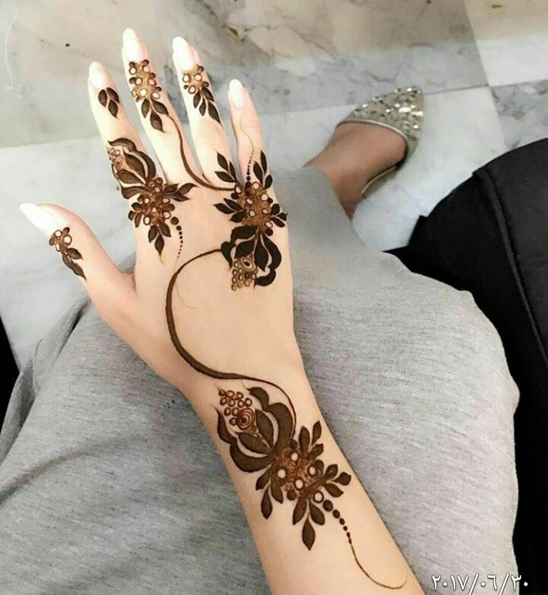 الله یسعدمن حط لایک اكتب شی تؤجر علیه شرایکم بالنقش بنات عندها مسابقات اسبوعية جوايزها كله ذهب Henna Designs Hand Henna Designs Henna Art Designs