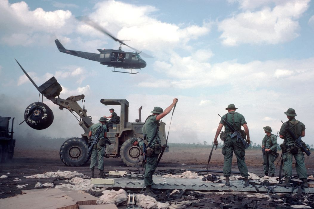 Stuart Franklin - HONDURAS. USA marines during war against Contras. 1987