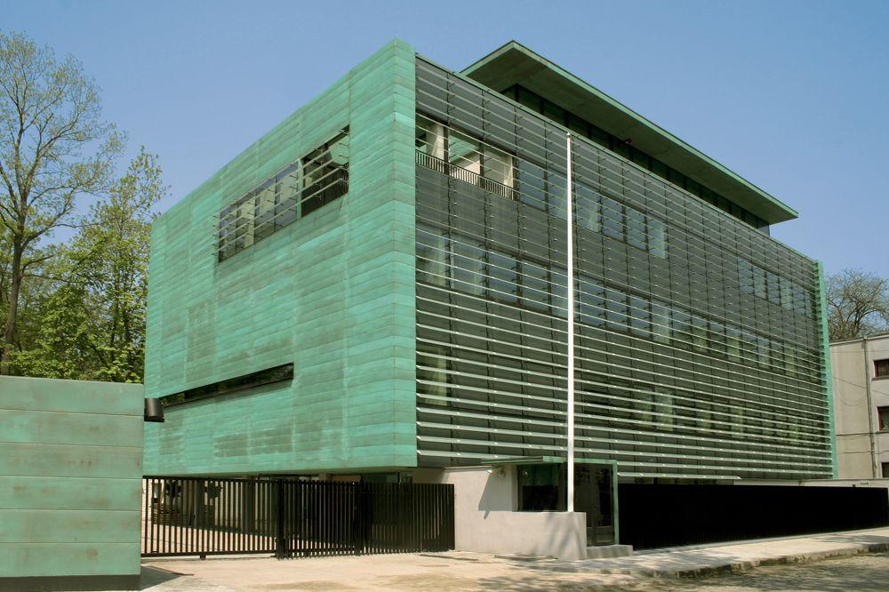 QuadroClad™ Metal Façade Panels / Hunter Douglas Contract