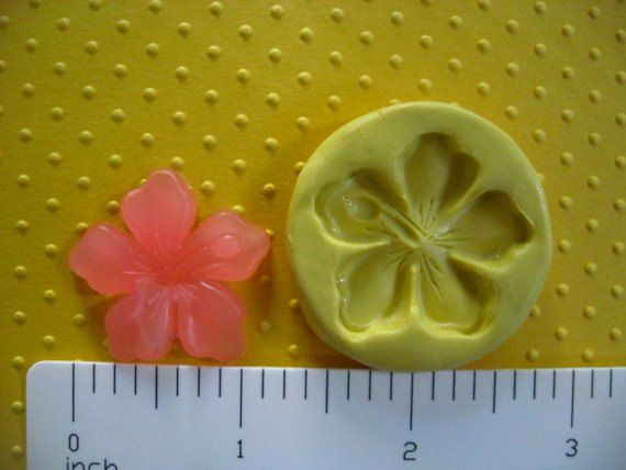 Hibiscus Mold Silicone Hawaiian Tropical Flower By Mainlymolds Cake Decorating With Fondant Fondant Silicone Molds Silicone Chocolate Molds