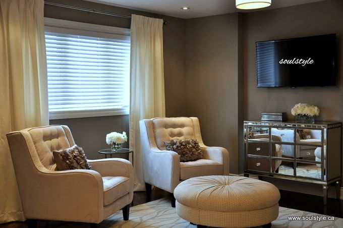 Master Bedroom Seating Area, Mirror Console Dresser | Bedroom ...
