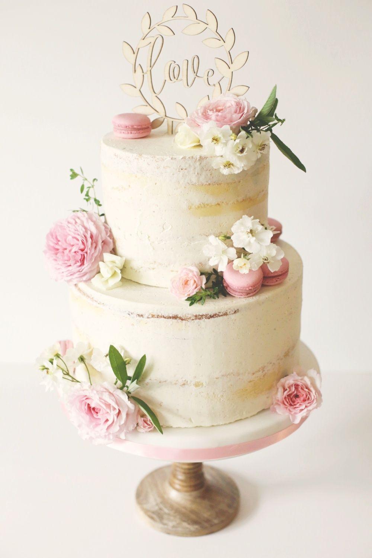 Hochzeitstorte Schwabische Alb Maisenburg Hayingen Mit Gartenrosen Und Macarons Wedding Cake Roses Cake Rustic Cake