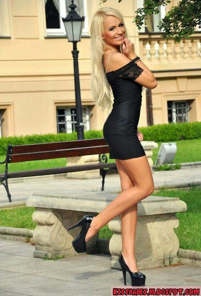 Black mini dress | Babes | Sexy dresses, Hot blonde girls ...