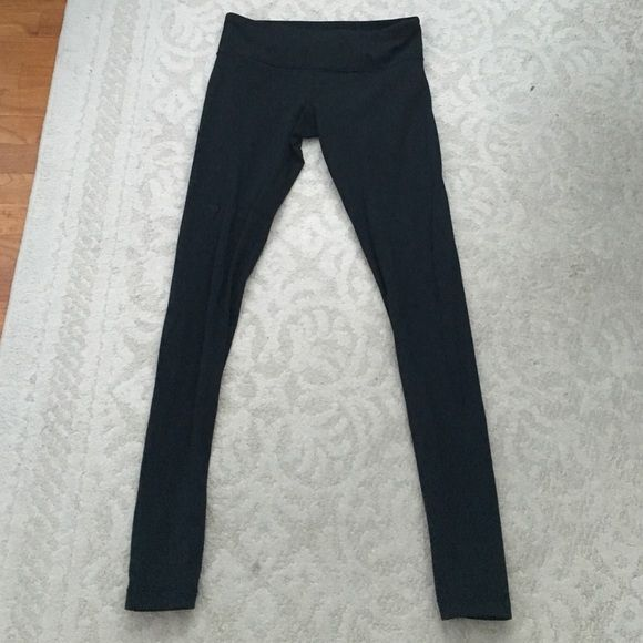 Lululemon winder unders Very Good pre loved condition there are no rips or stains. No trades! lululemon athletica Pants Leggings
