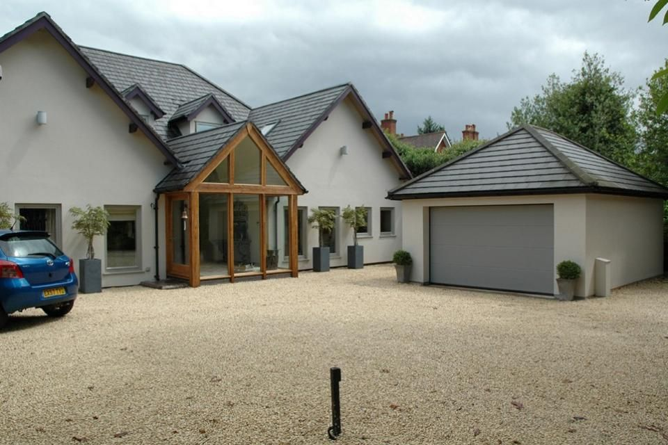 Refurbished bungalow extensions and loft conversion s for Porch designs for bungalows uk