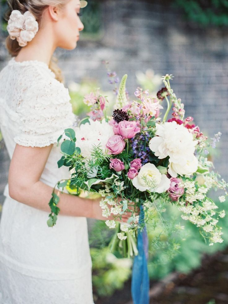 promo code 21643 4b0bb Pin on Apple Brides Weddings