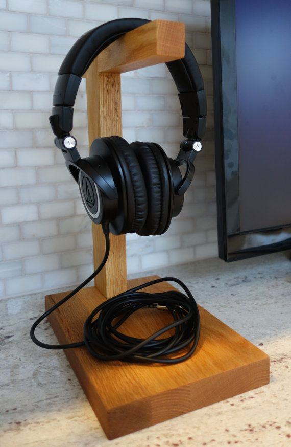 Checkout my impressions of this headphone at http://www.head-fi.org/t/491718/n00b-ath-m50-impressions