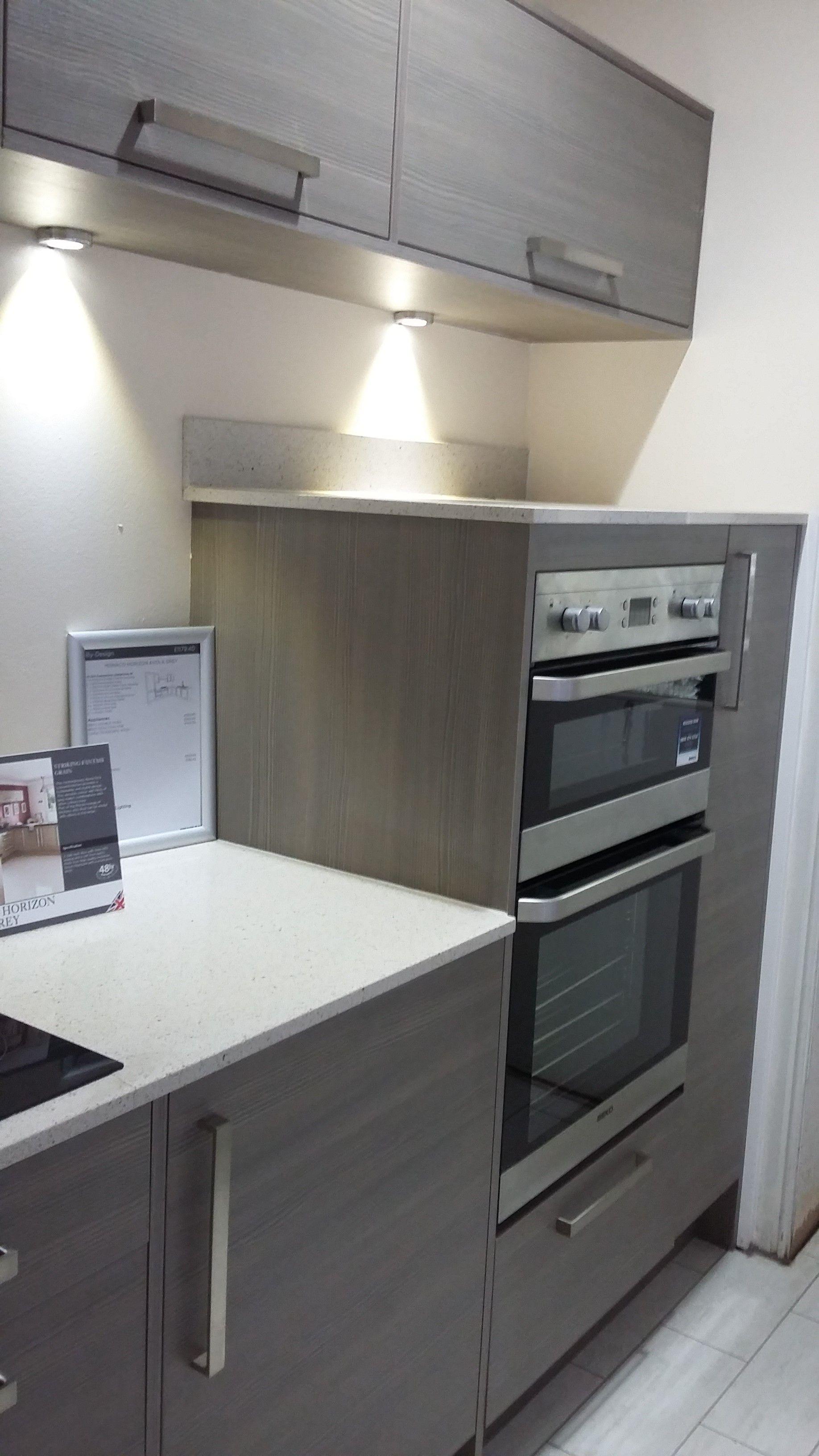 Best Studio Monaco Horizon Avola Grey Kitchen With Quartz 640 x 480