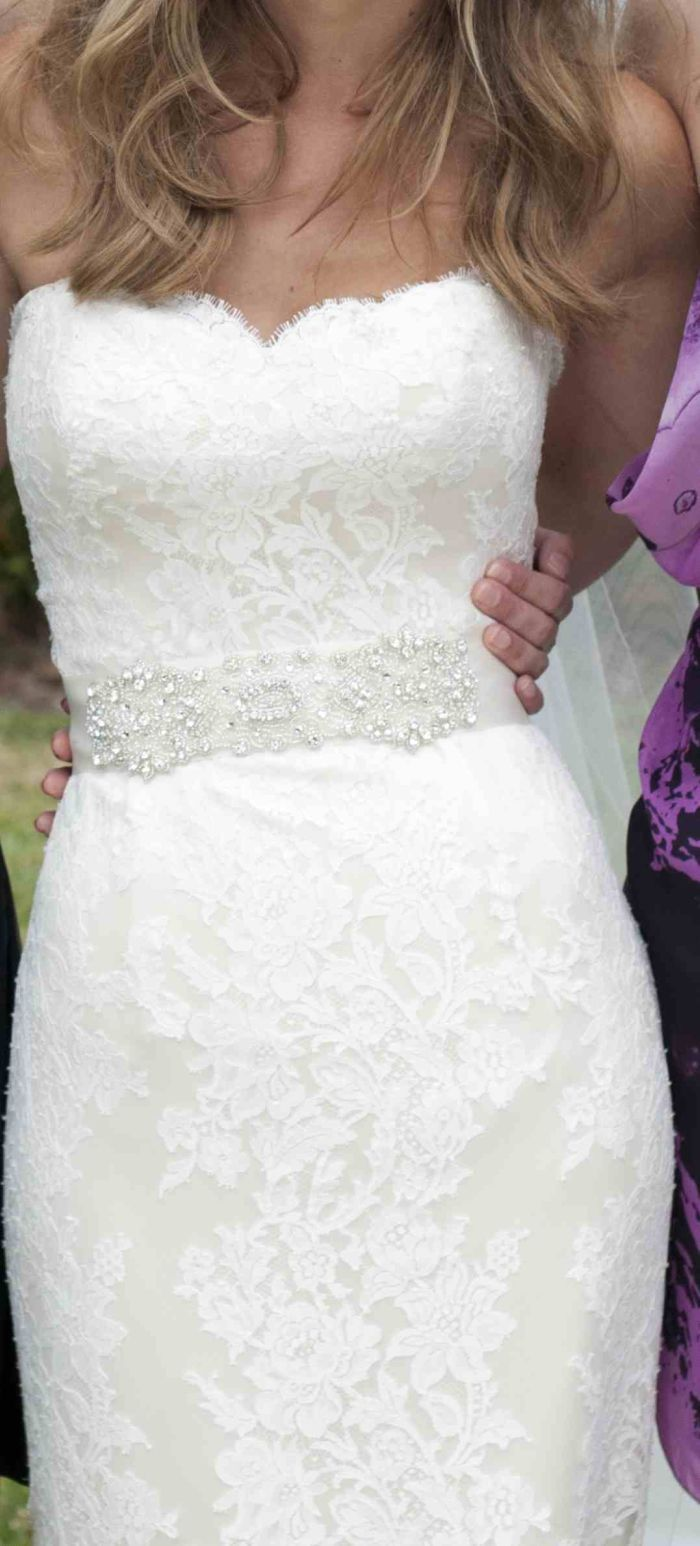 the lace is gorgeous! so pretty!