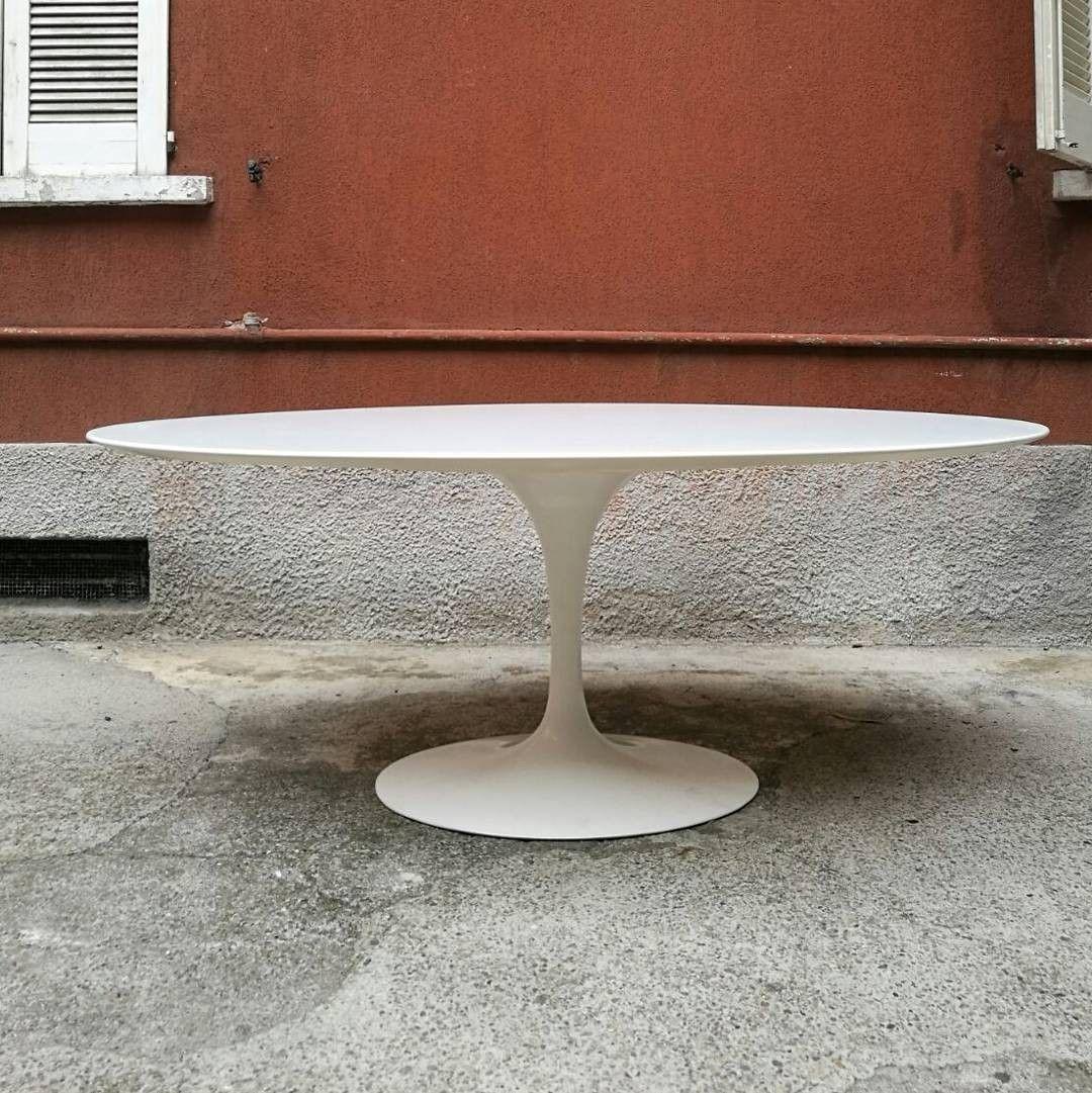 Tavolino Con Zampe Di Gallina.Tavolo Da Pranzo Ovale In Laminato Bianco Con Base In Alluminio