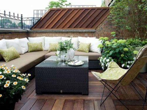 Moderner Balkon Mit Luxus Soga Und Terrassendielen   Die Besten Ideen Für  Terrassengestaltung U0026 69 Super Beispiele