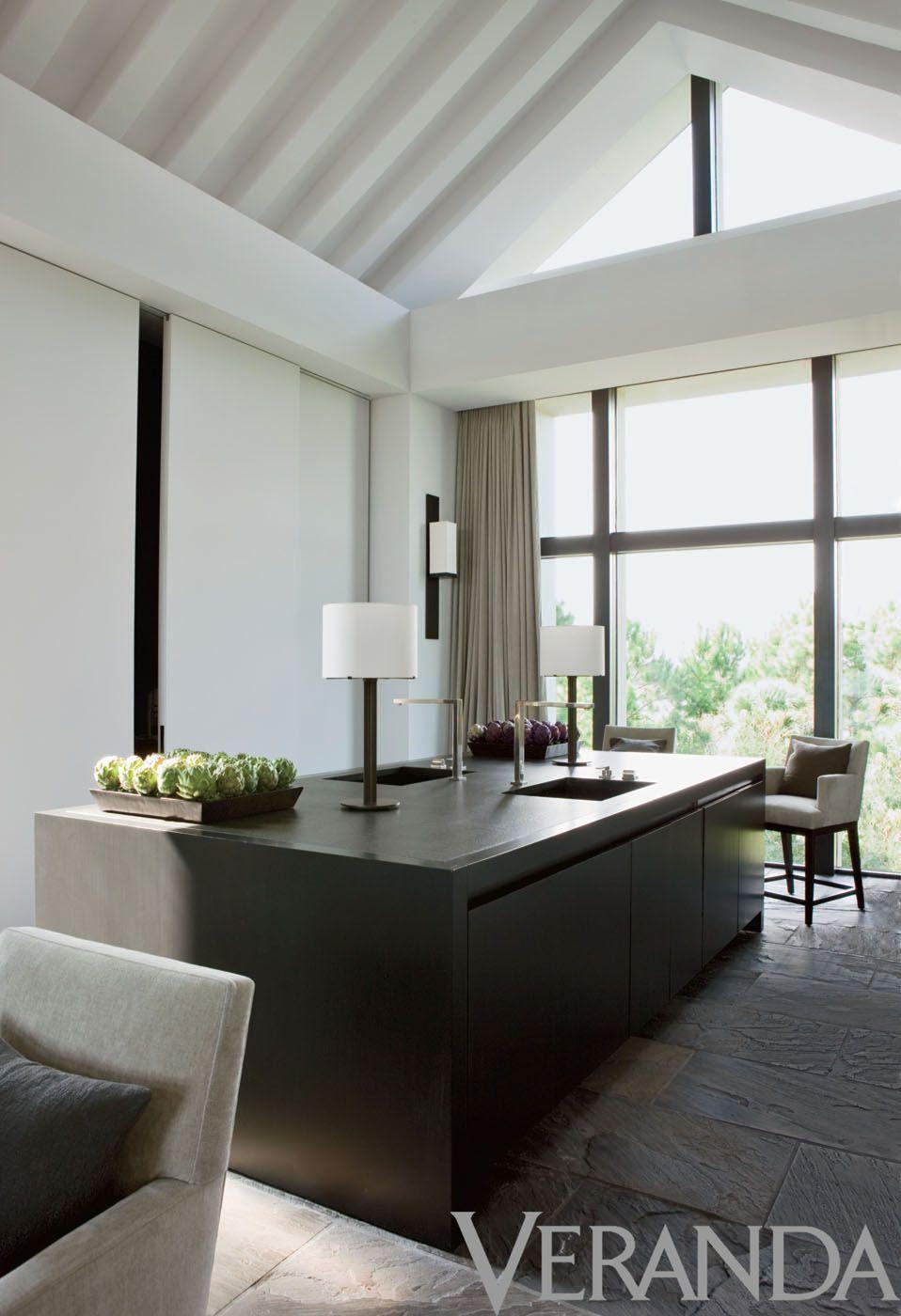 Wohnzimmer des modernen interieurs des hauses interior design by nancy braithwaite photograph by melanie acevedo