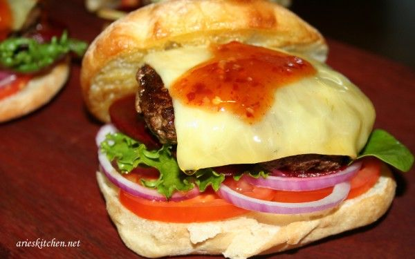 Beef Burger Recipe With Beetroot And Cheese Arie S Kitchen Recipe Burger Recipes Beef Recipes Burger Recipes