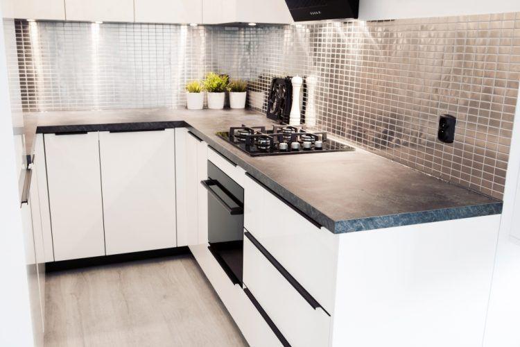 Mala Kuchnia W Bloku Aranzacje Kuchni Z Salonem I Jadalnia Sweet Home Home Home Decor