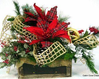 Rustikales Wald-Weihnachts-Herzstück mit Hirschgeweih, Winterblumenarrangement ... -  Rustikales Wald-Weihnachts-Herzstück mit Hirschgeweih, Winterblumenarrangement … –  Rustikales - #herzstuck #hirschgeweih #mit #rustikales #WaldWeihnachtsHerzstück #weihnachts #weihnachtsentwürfe #winterblumenarrangement