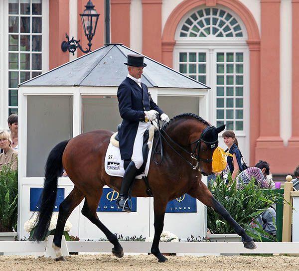 Hubertus Schmidt on Imperio at Wiesbaden. © 2015 Ken Braddick/dressage-news.com