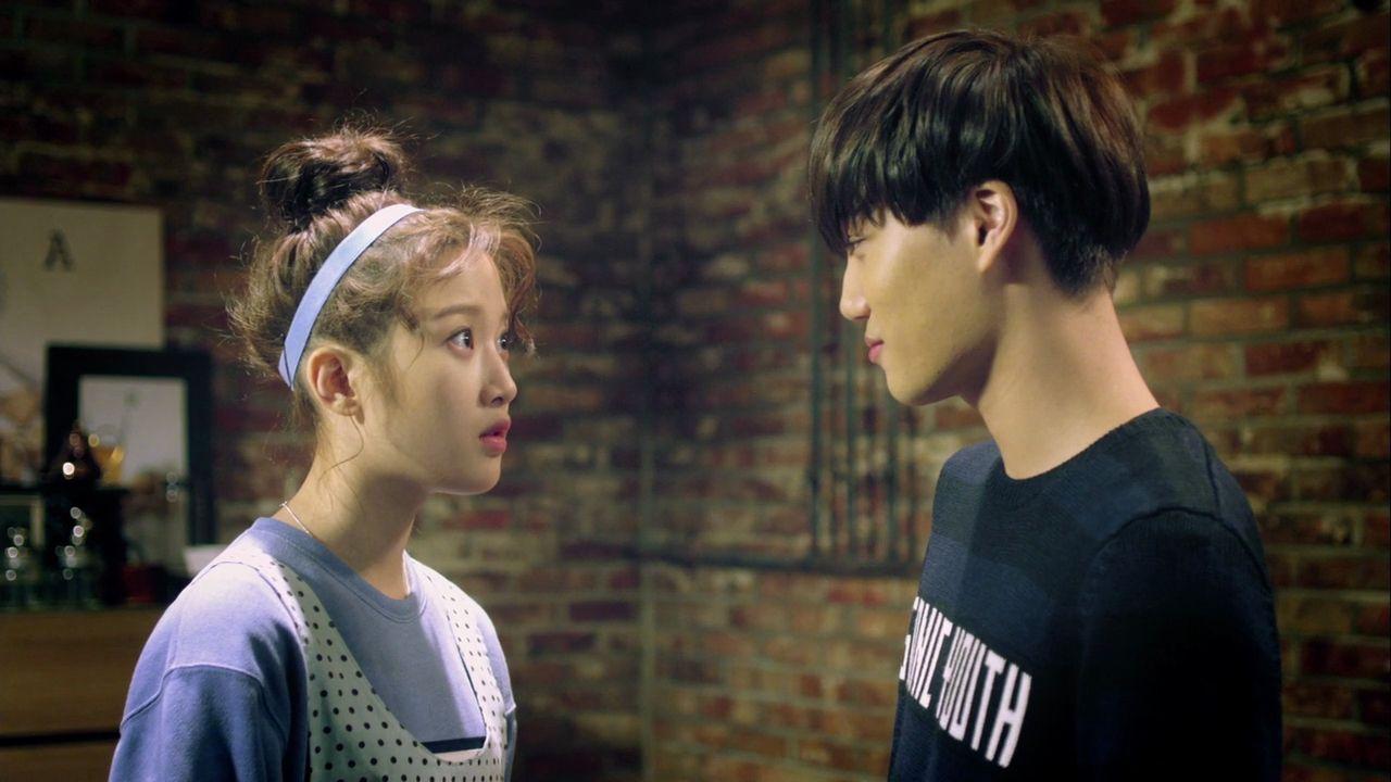 Expectation Vs Reality Meeting Your K Pop Idol Kpop Idol Idol What Is Like