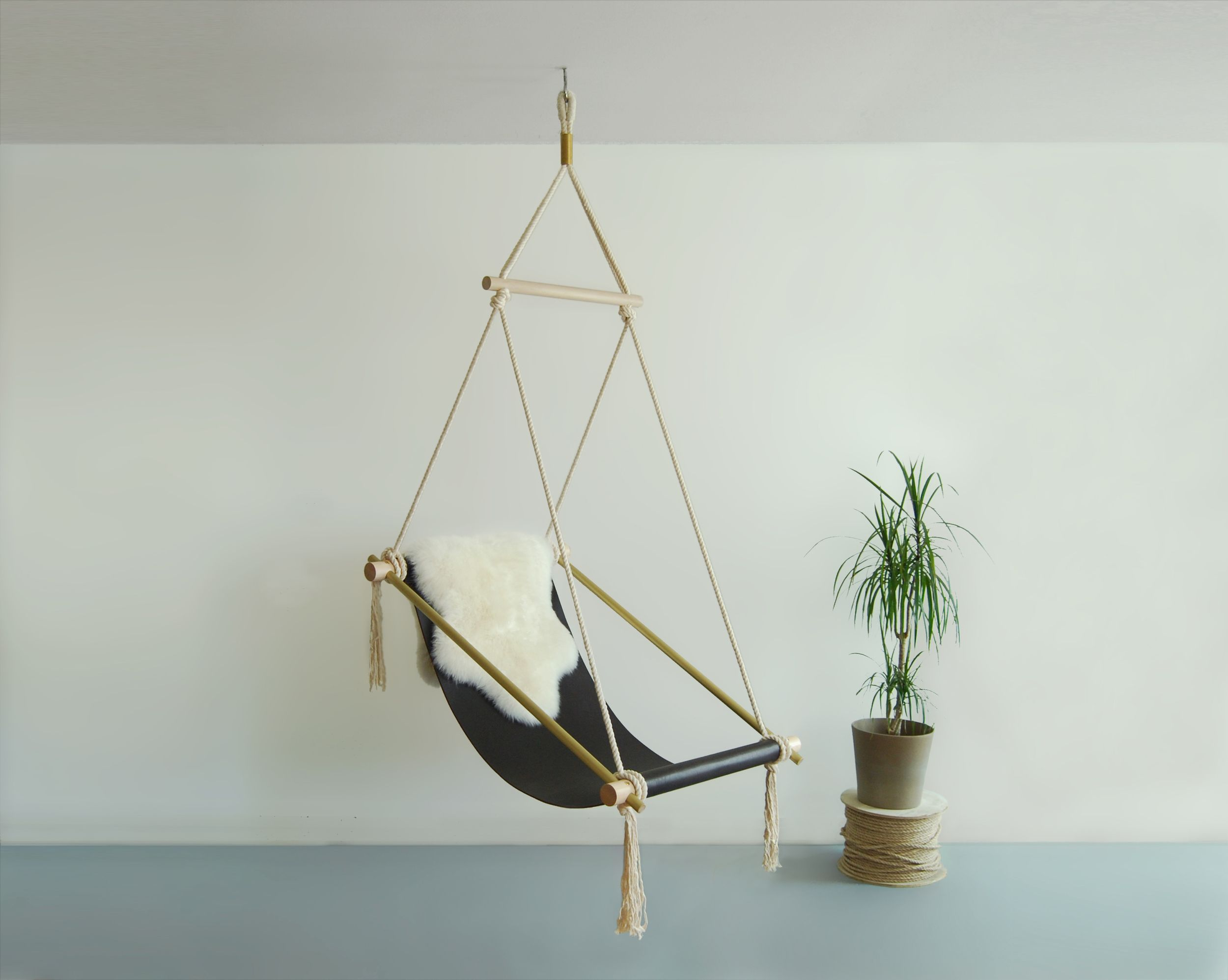 Balkonhocker Ovis Hanging Chair Brown I Love Chairs Swinging Chair