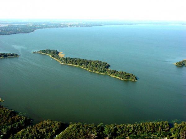 A Florida Private Island Christopher Sampson 407-765-7917 32778 Tavaries FL Real Estate