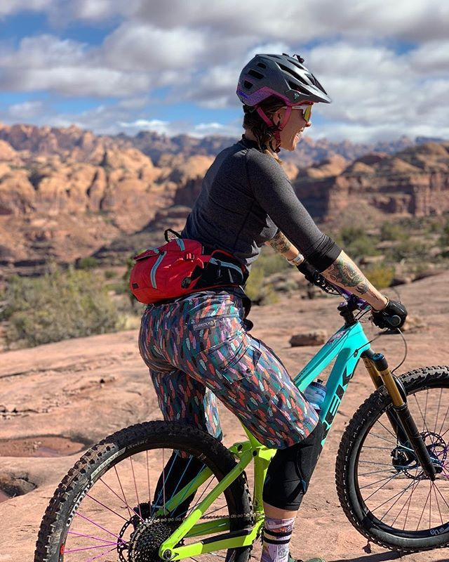 The Mtb Long The Leslie Biking Outfit Mountain Biking Women Mountain Biking