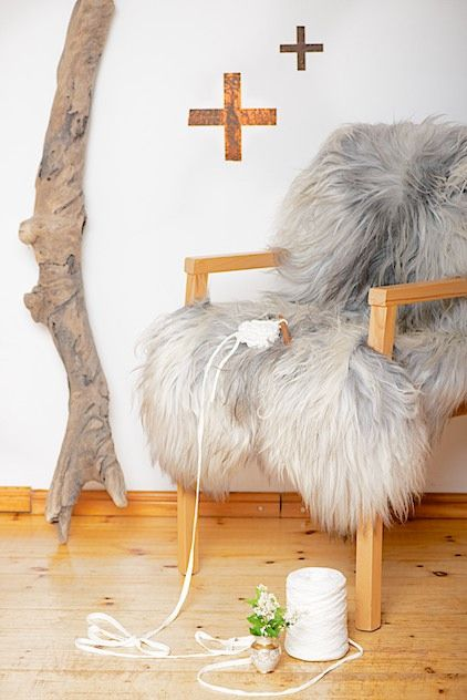 Copper And Sheepskin Kupfer Und Schaffell There Are Many Colours And Sizes For Australian Lambskins See How Lambskin Is The Sof Schaffell Gemutlich Handwerker