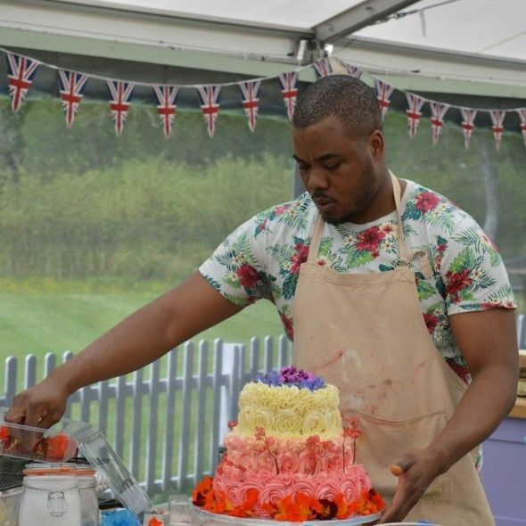 The Internet Can T Handle Selasi S Beautiful Bake Off Show Stopper Cake