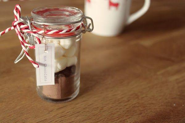 kuddelmuddel diy hei e schokolade im glas ideen aus der k che pinterest schokolade. Black Bedroom Furniture Sets. Home Design Ideas