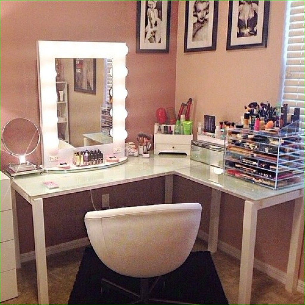 36 DIY Corner Makeup Vanity Table Decor Ideas (With images