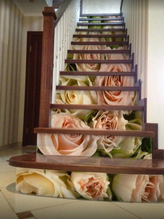 Оформление лестничного марша цветами   Дом, Дизайн ...