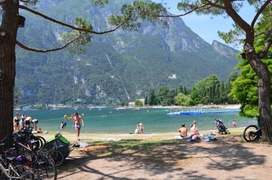 Spiaggia Sabbioni, Riva del Garda, Lago di Garda, Italy | Lago di garda, Lago, Spiaggia