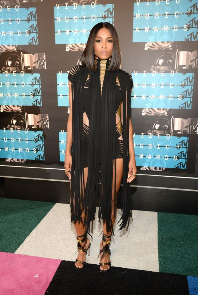 Ciara in a black Alexandre Vauthier dress with fringes at the 2015 MTV VMAs.