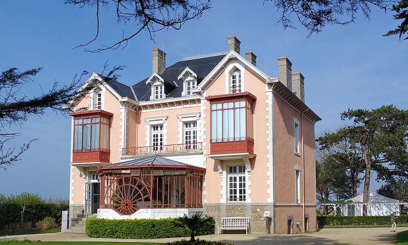 ROLY0186 - Musée Christian Dior Granville France | Granville ...