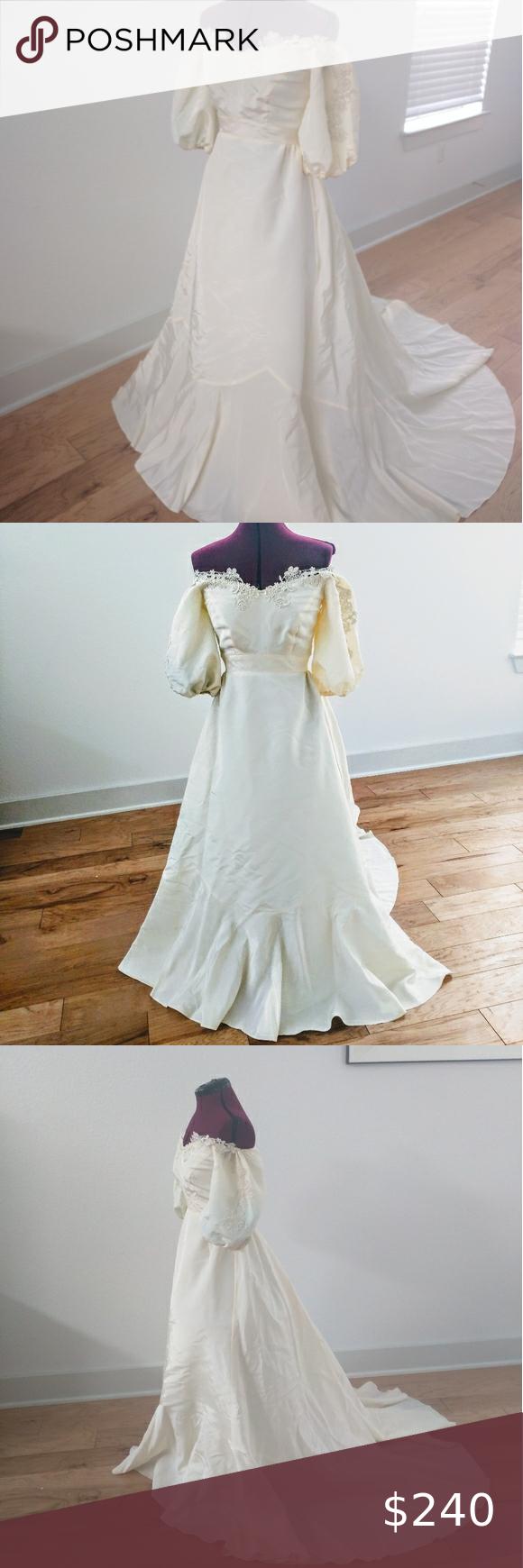 Stunning Victorian Style Wedding Dress Victorian Style Wedding Dress Victorian Style Wedding Wedding Dresses [ 1740 x 580 Pixel ]