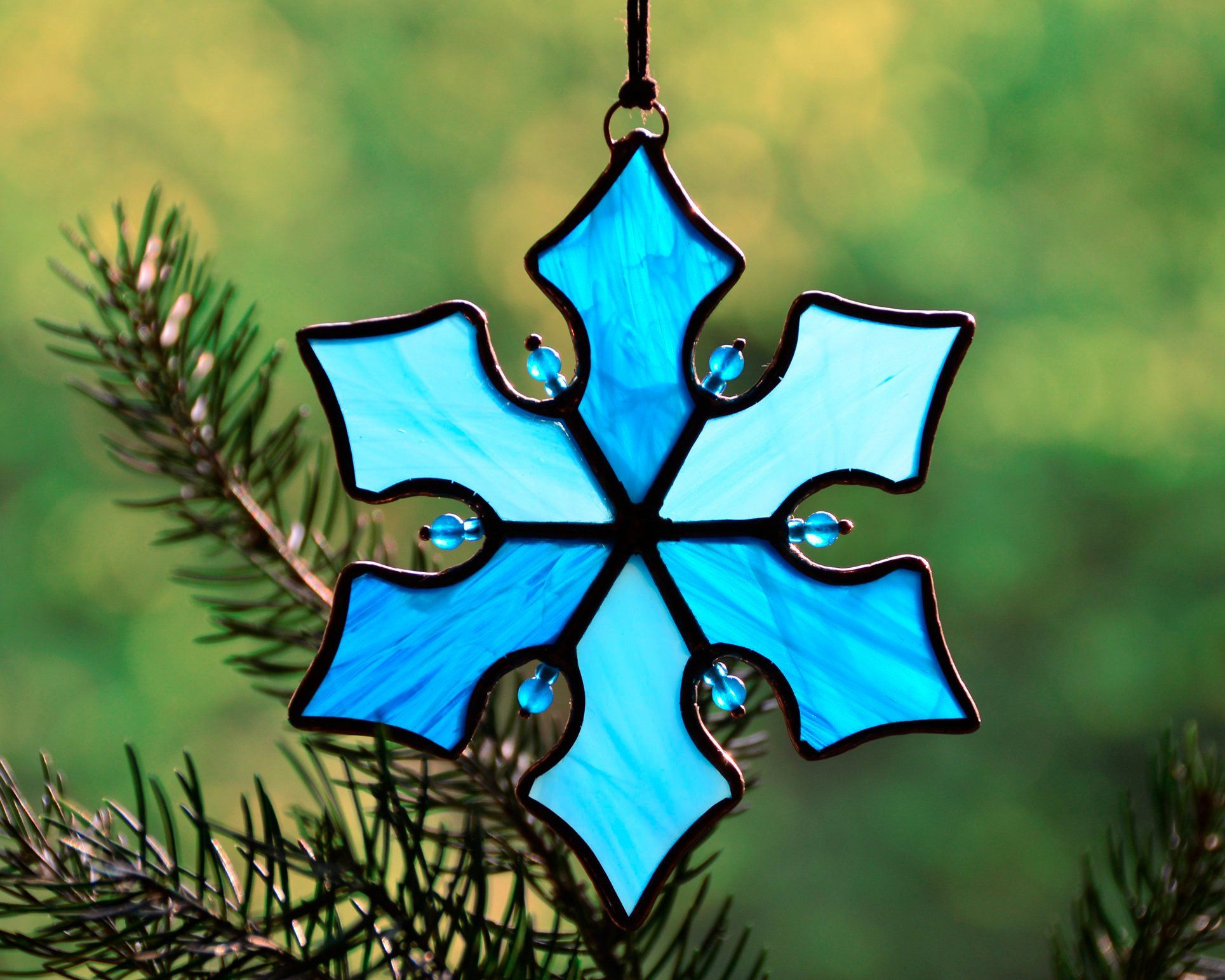 Stained Glass Suncatcher Snowflake Christmas Ornaments Etsy Stained Glass Christmas Stained Glass Ornaments Stained Glass Gifts